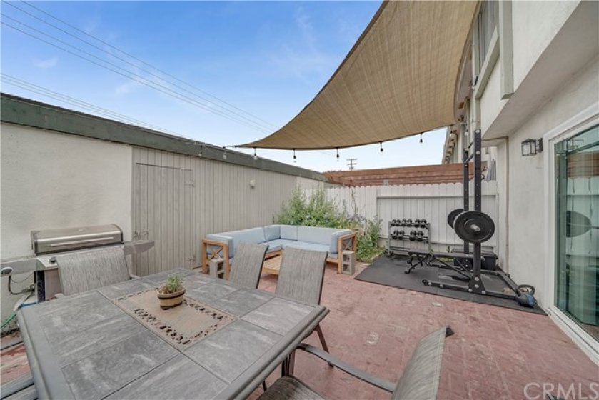 Oversized patio/yard space - rare to find this much outdoor space!
