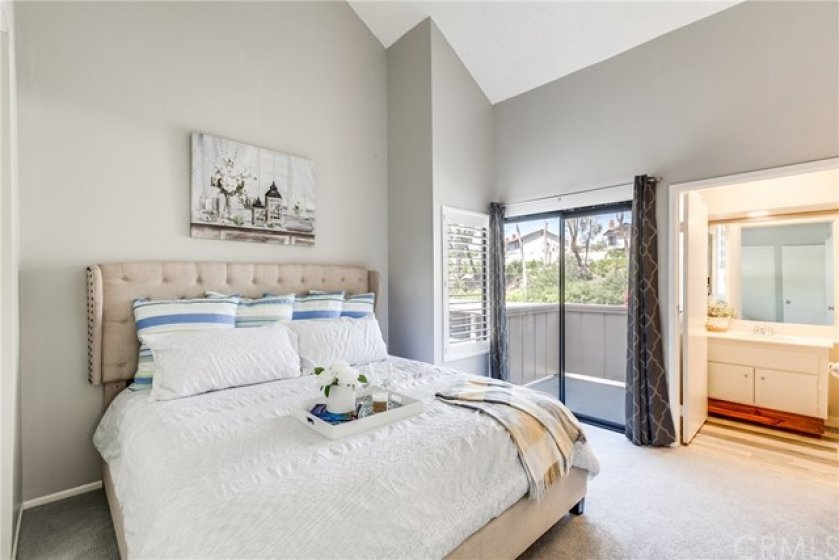 2nd Master Suite with its own private balcony