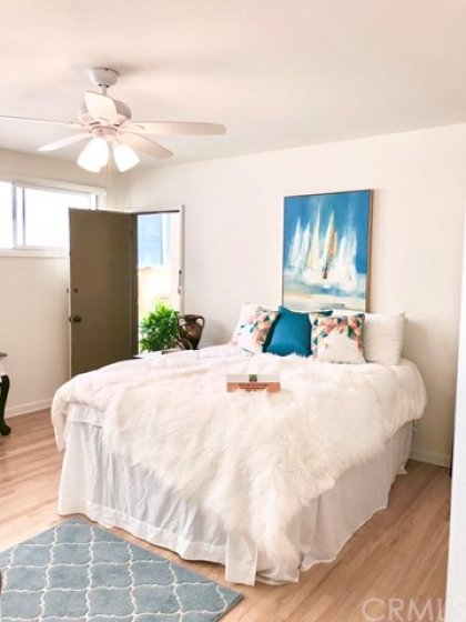 Bedroom has access to back alley (too narrow to drive cars down, but perfect for someone with a guest with in a wheelchair