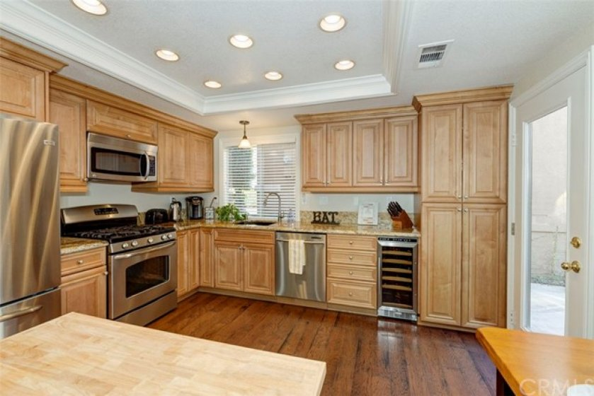 Large fully remodeled kitchen!!!
