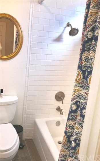 New Fixture Shower with Bathtub
