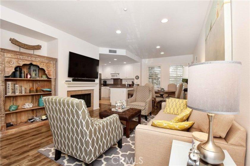 Great room set-up - Family Room, Nook & Kitchen!