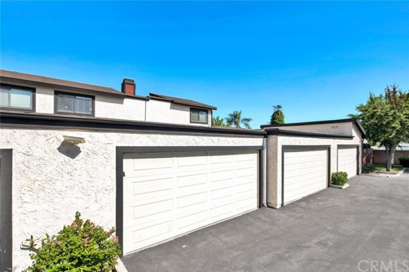 2 car garage... attached to the private back patio with direct access into the house.