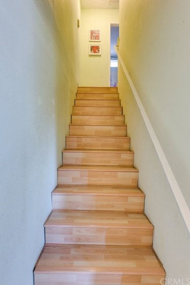 laminate stair