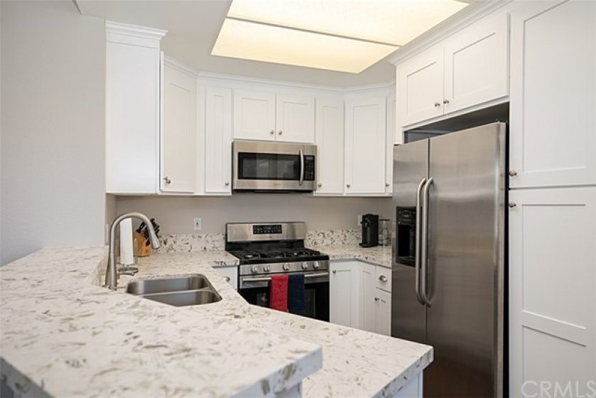 Stainless appliances included in sale
