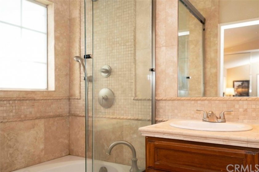 Jetted Tub and Shower Combo
