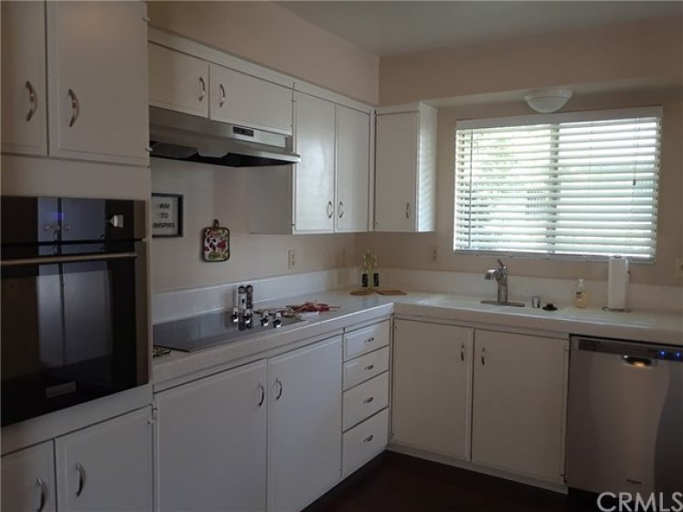 BRAND NEW APPLIANCES ,RADIANT COOKTOP WITH STAINLESS EXTRA LARGE HOOD, NEW WALL OVEN, STAINLESS DISHWASHER ,BRUSHED NICKLE KITCHEN FAUCET WITH PULL OUT SPRAY HEAD , NEW GARBAGE DISPOSAL