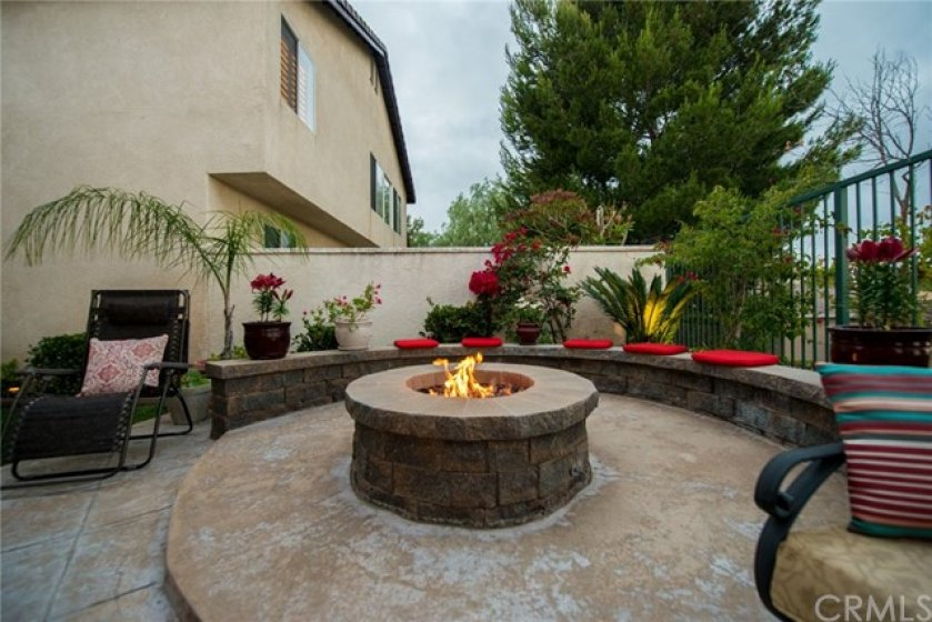 FIRE PIT WITH SEATING AREA TO ENJOY VIEW