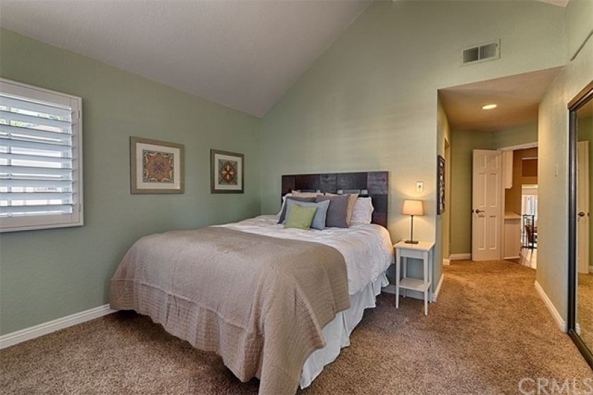 Spacious Master bedroom, note ..one closet on the right.