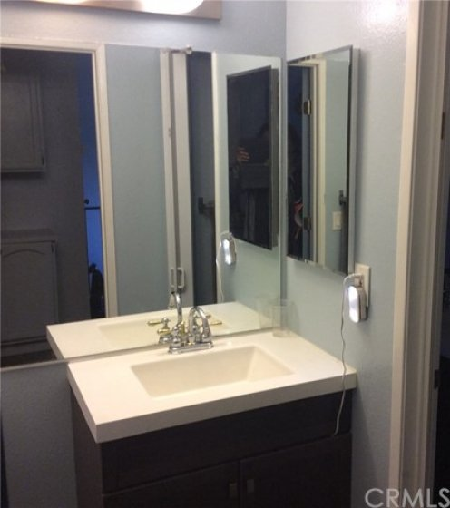 Sink in Master bathroom