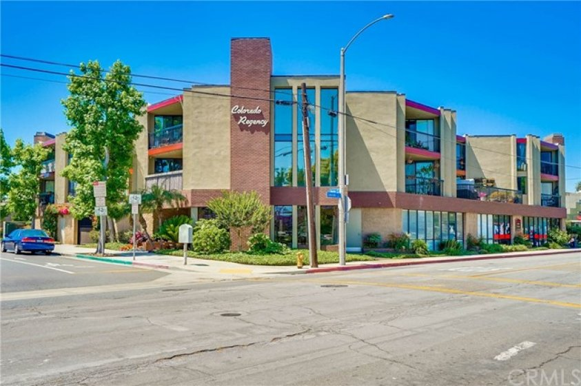 -Colorado Regency across the street from Marina Vista Park and Colorado Lagoon in Belmont Heights