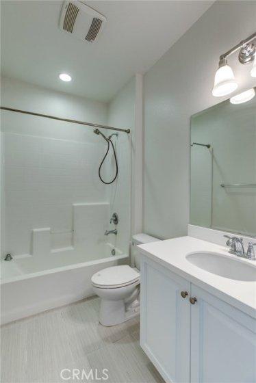 Upstairs hall bath 783 Gatun #243
