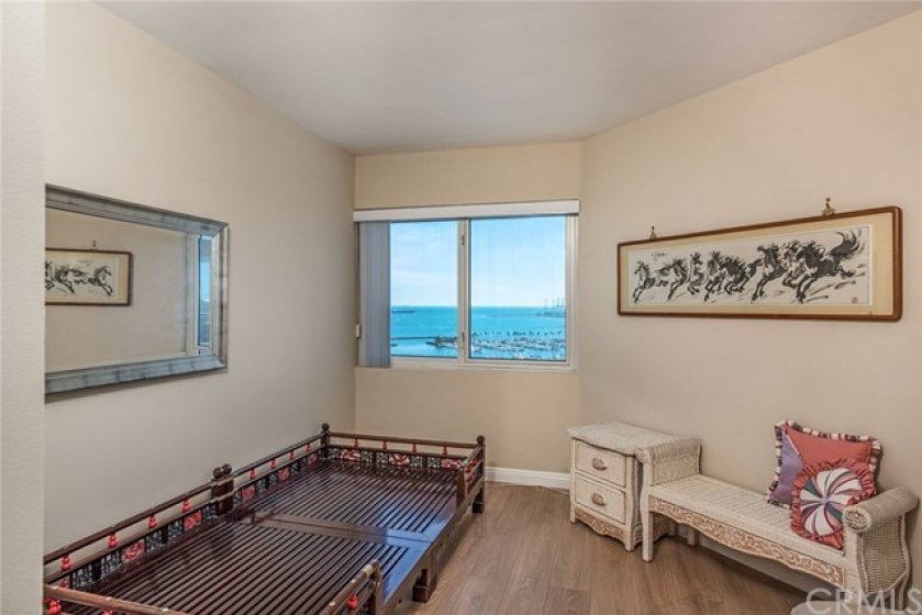 2nd bedroom also with ocean views!