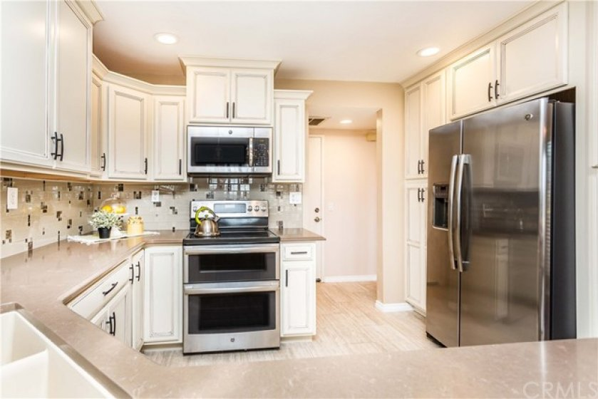 All Stainless Steel Appliances Stay with Property!