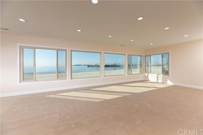 35 Feet Long Great Room With Oceanfront, Coastline, And Queen Mary Views