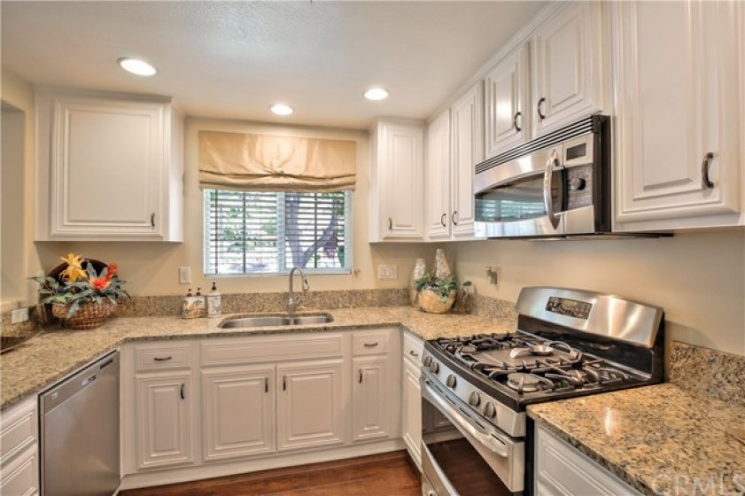 Great Kitchen with Plenty of Counter Space
