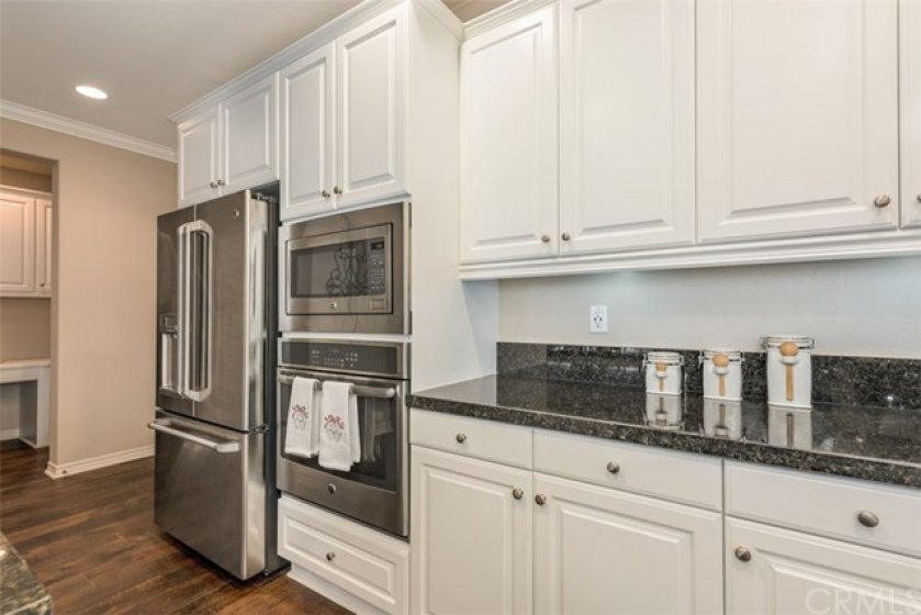 G. E. stainless steel microwave, oven, and cook top...