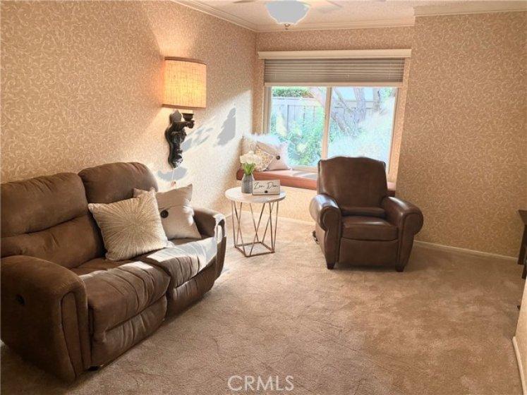 Den/Bedroom #1