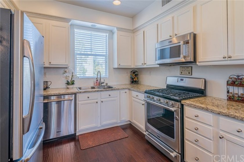 Beautiful cabinets and recessed lighting