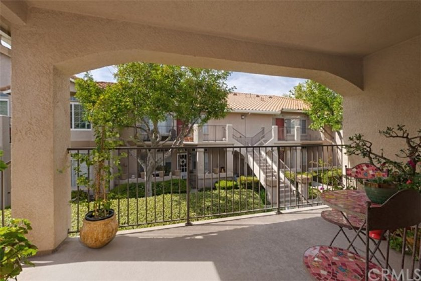 Spacious Balcony is a nice place for your outdoor dining set, BBQ and plants, as you enjoy the natural surroundings.