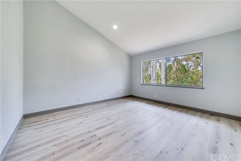 High ceiling master bedroom, view of trees for utmost serenity and privacy.