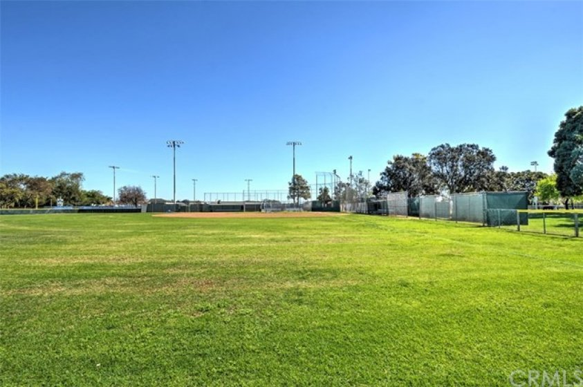 Oak Knoll Park & Cypress Little League fields