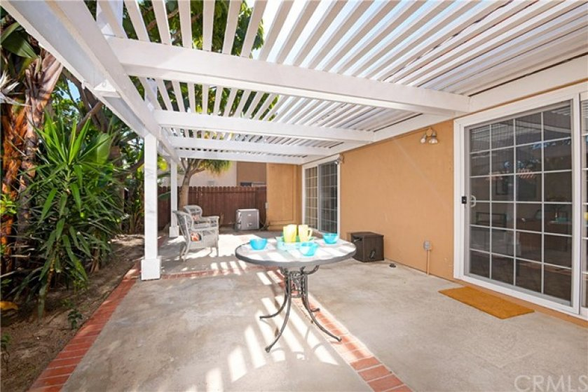 Huge Covered Rear Patio