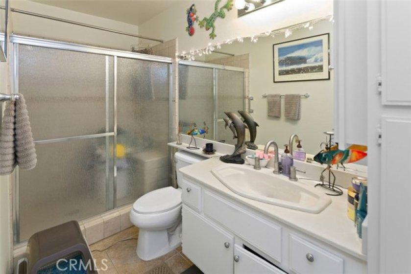 Full Bathroom. Walk in shower.