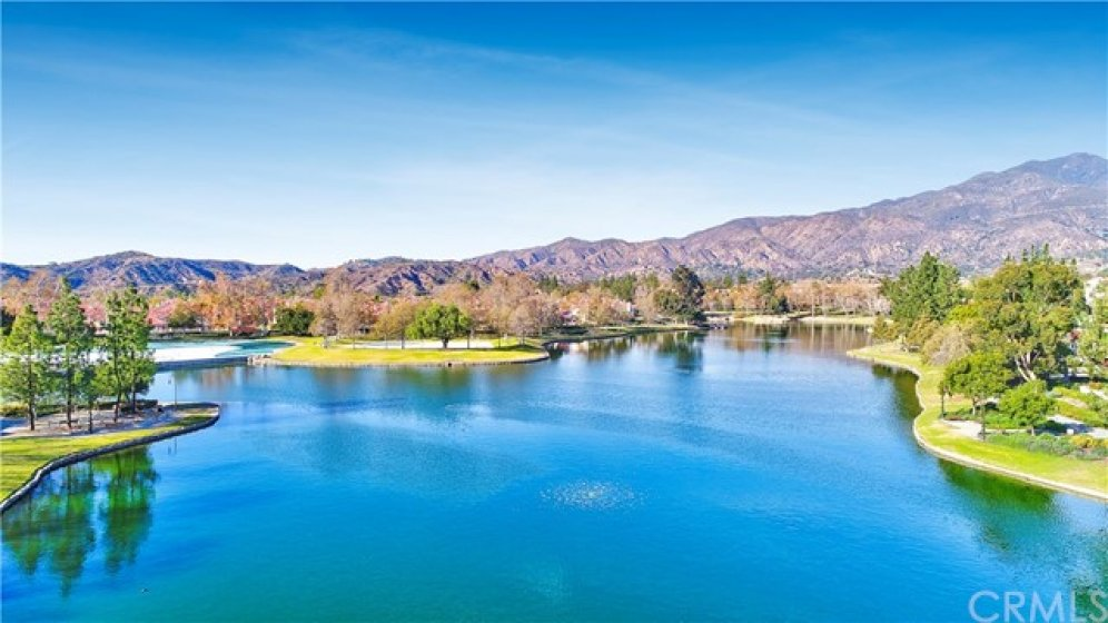 Rancho Santa Margarita Lake - Enjoy all the Rancho Santa Margarita City Amenities&#x3B; The Lake, Lagoon, Pools, Tennis, Concerts, Parks and more!