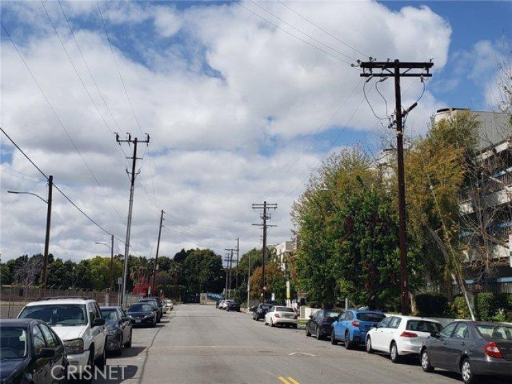 LOOKING WEST - NOT A THRU STREET