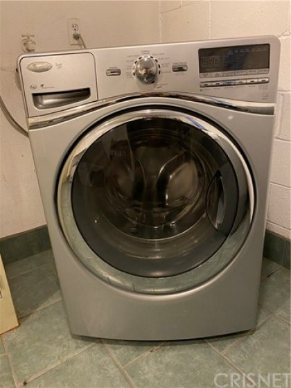 High end free to use washer dryer