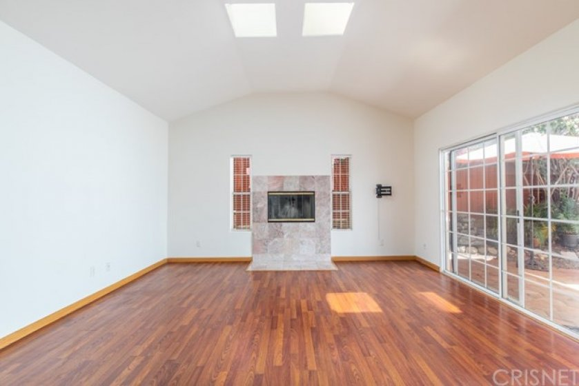 Living Room - Vaulted Ceiling With Skylights