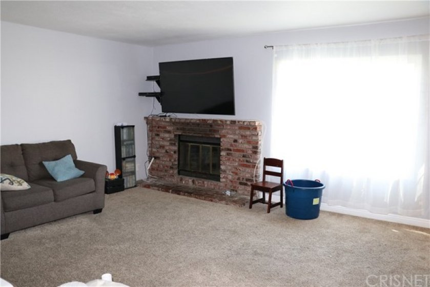 Cozy Fireplace in Living room