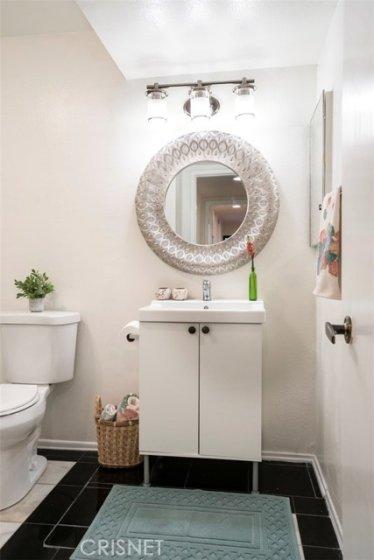 2nd BATHROOM - DESIGNER TOUCHES