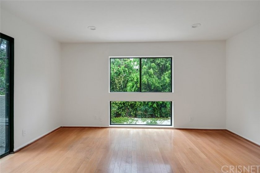 LARGE 3rd BEDROOM - LIGHT AND BRIGHT