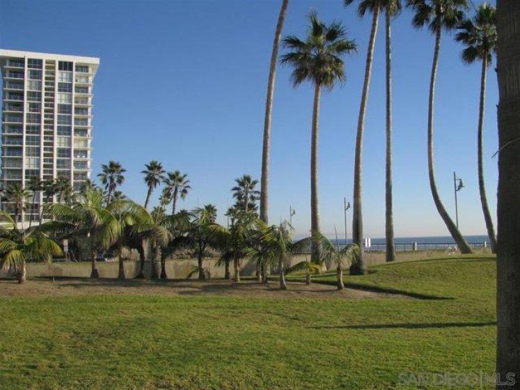 Coronado Shores Complex