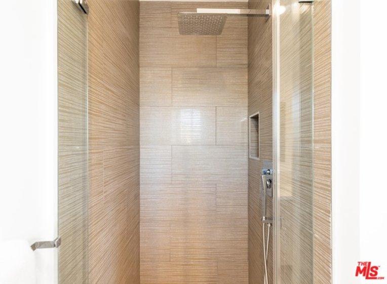 Second Baroom Shower
