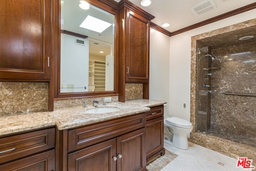 2nd bath in Master Suite