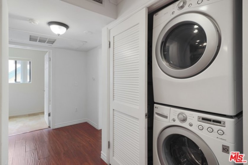 In-unit stackable washer/dryer