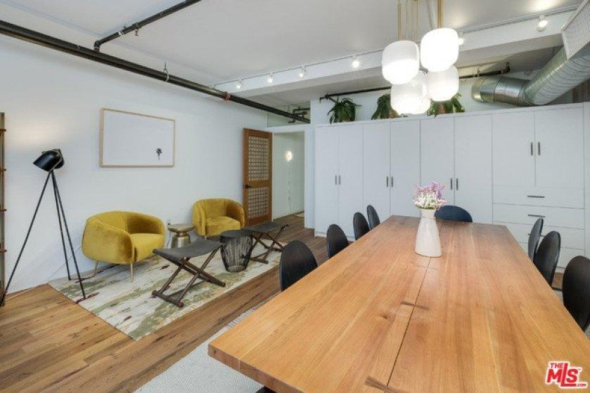 Bedroom / Office Space
