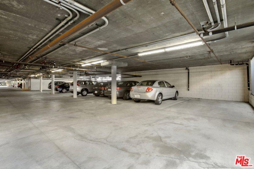 Indoor parking - One Space