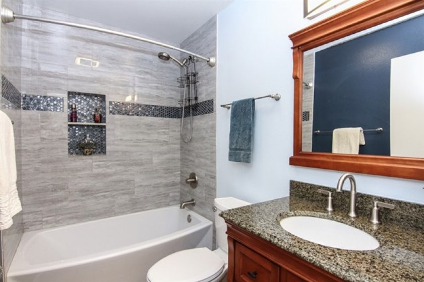 Hall Bathroom - completely remodeled!