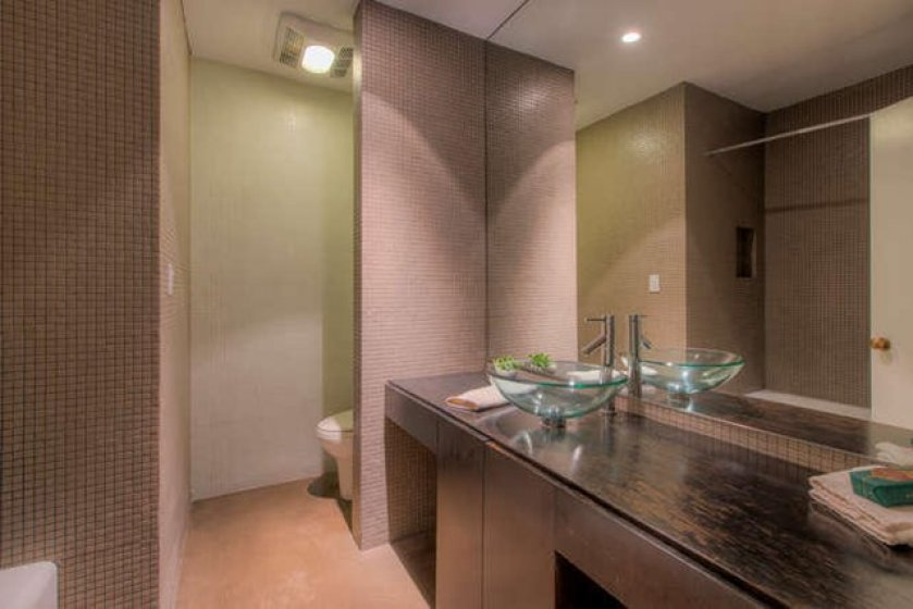 949 N Kings Rd Unit 115 West-small-011-0