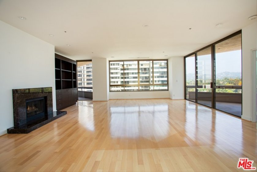 Living Room w/ Patio