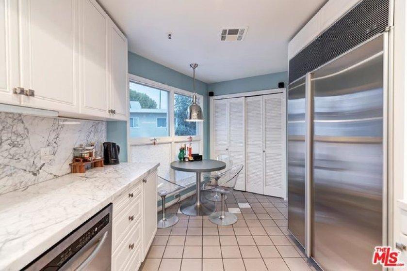 Eat In Kitchen/Laundry double doors