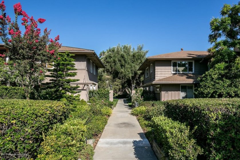 968 S Orange Grove Blvd, Unit B  002-mls
