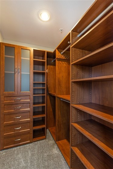 Yet Another Custom Closet!  This time it's in the Guest Room!