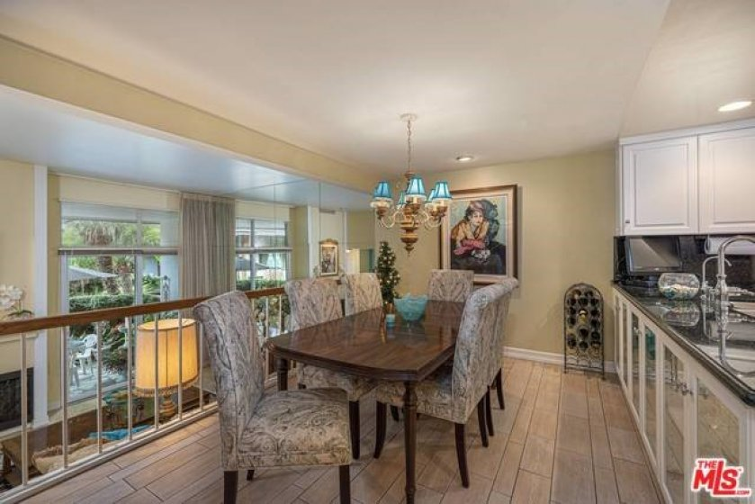 Formal dining off kitchen