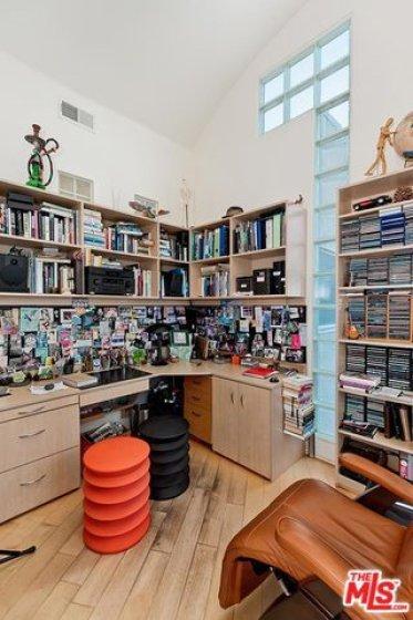 4ft ceilings in Office