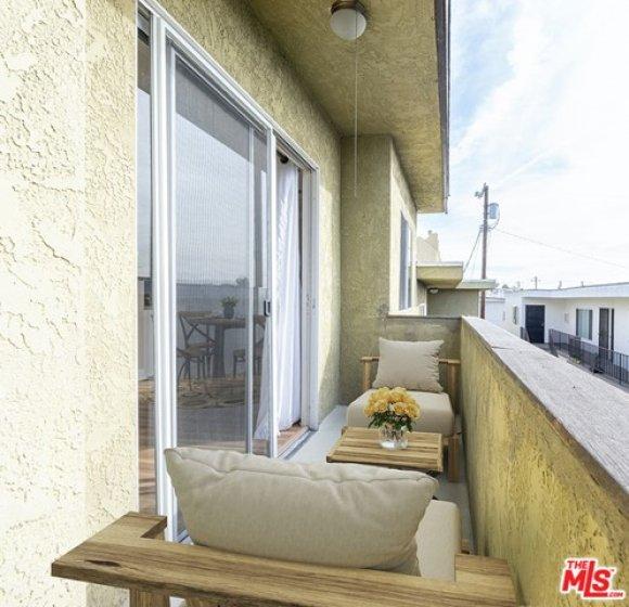 West Facing Balcony